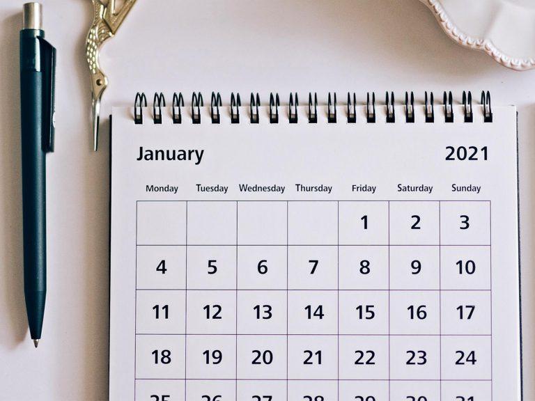 календари 768х1024 мм